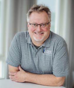 Näringslivschef Anders Lindberg kan nöjt konstatera att flera företag nu vill etablera sig i kommunen. Foto: HaloByHilde